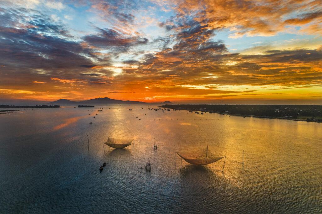 """Đầm Thị Nại – """"bức tranh sơn thuỷ"""" lớn nhất Bình Định"""